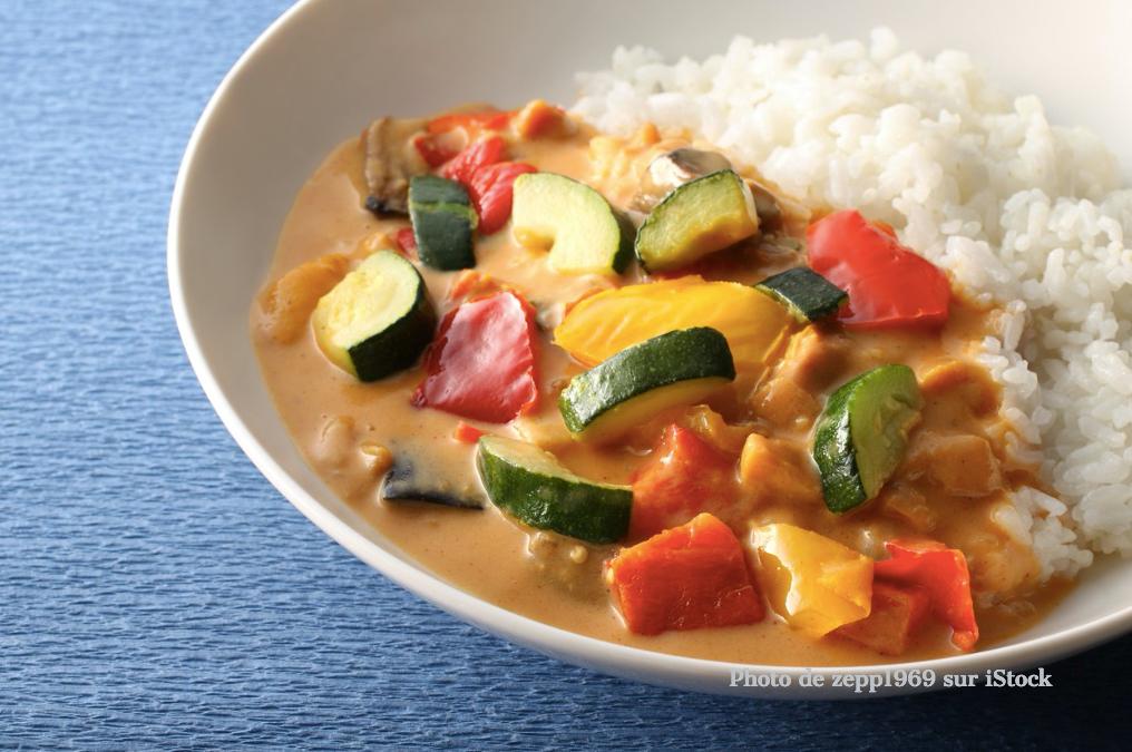 Curry de légumes au riz safrané